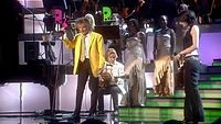 Rod Stewart & Amy Belle- I Dont Want To Talk About It.flv